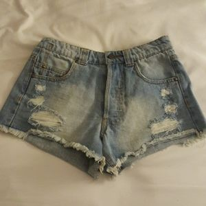 6 shorts including akira chicago
